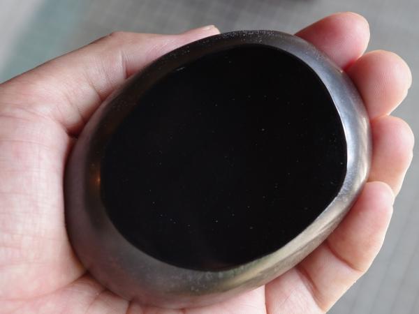 橋村大作 paperweight black-1