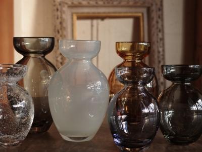 bulb vase-2