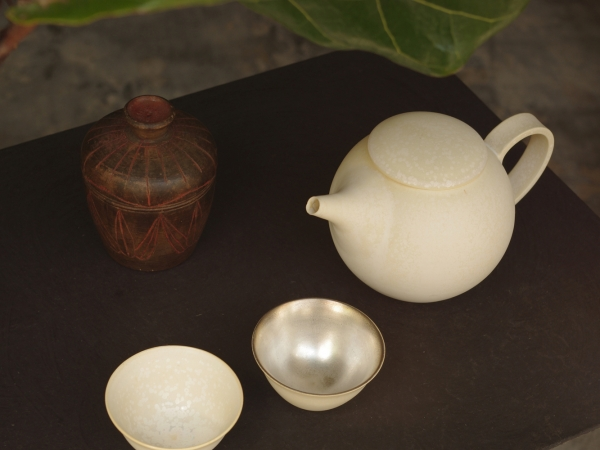福岡彩子 tea pot & sake cups