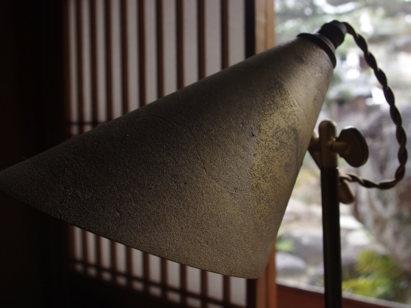 futagami-desk-lamp-15