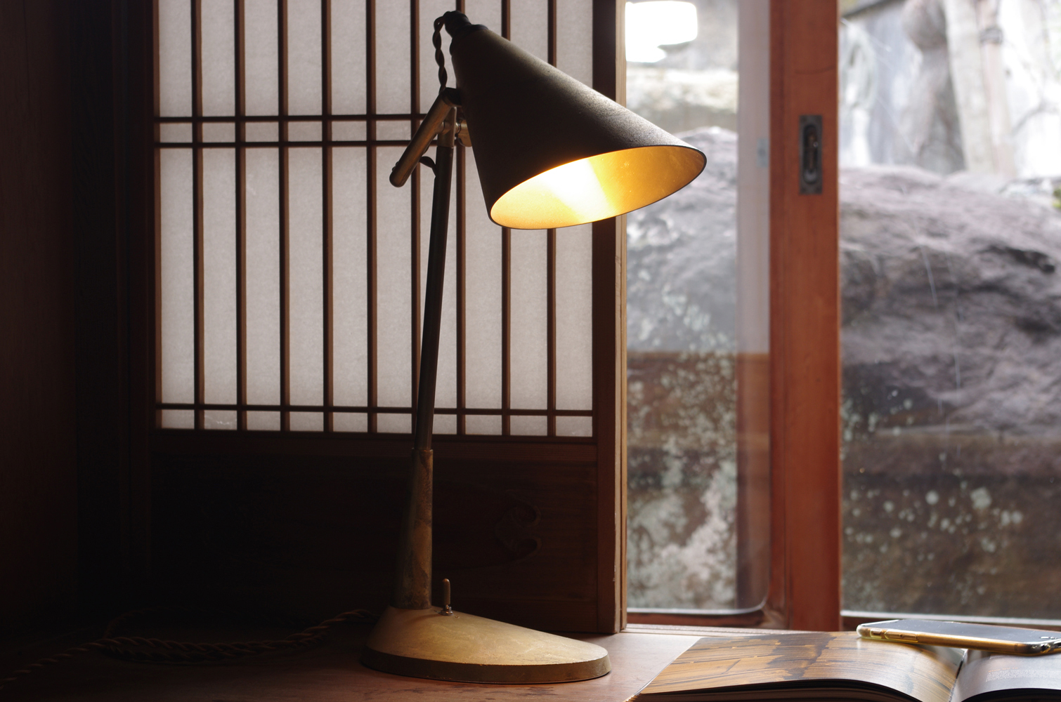 futagami-desk-lamp-6