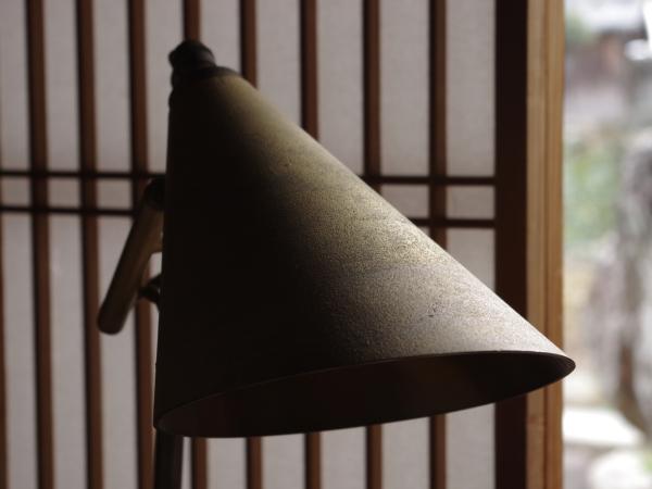 futagami-desk-lamp-9