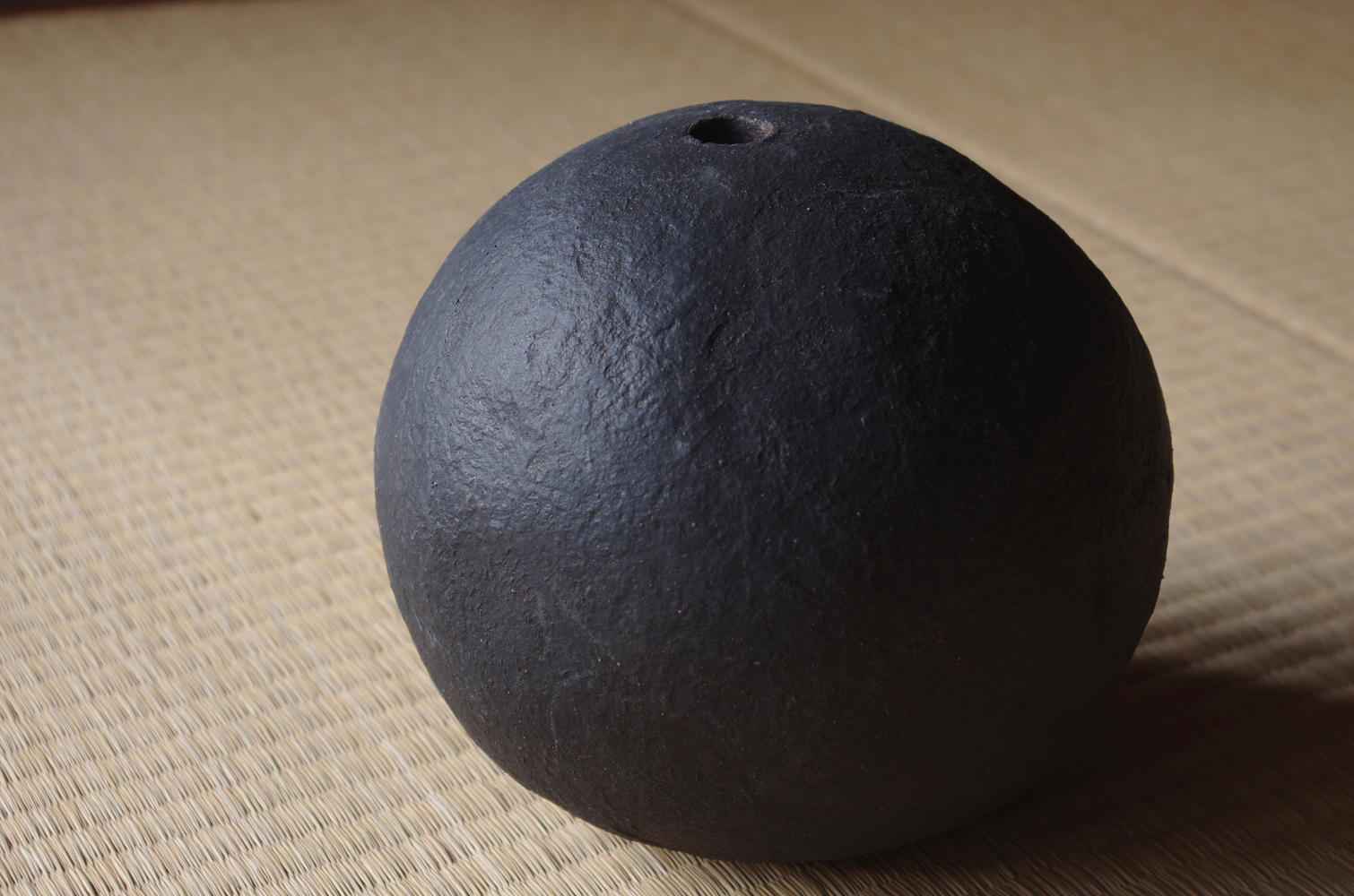 black sphere M-b-2