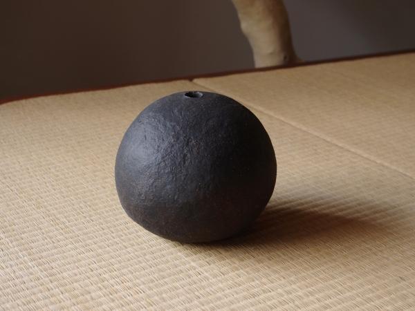 black sphere M-d-1