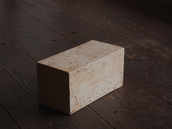 white cube-1